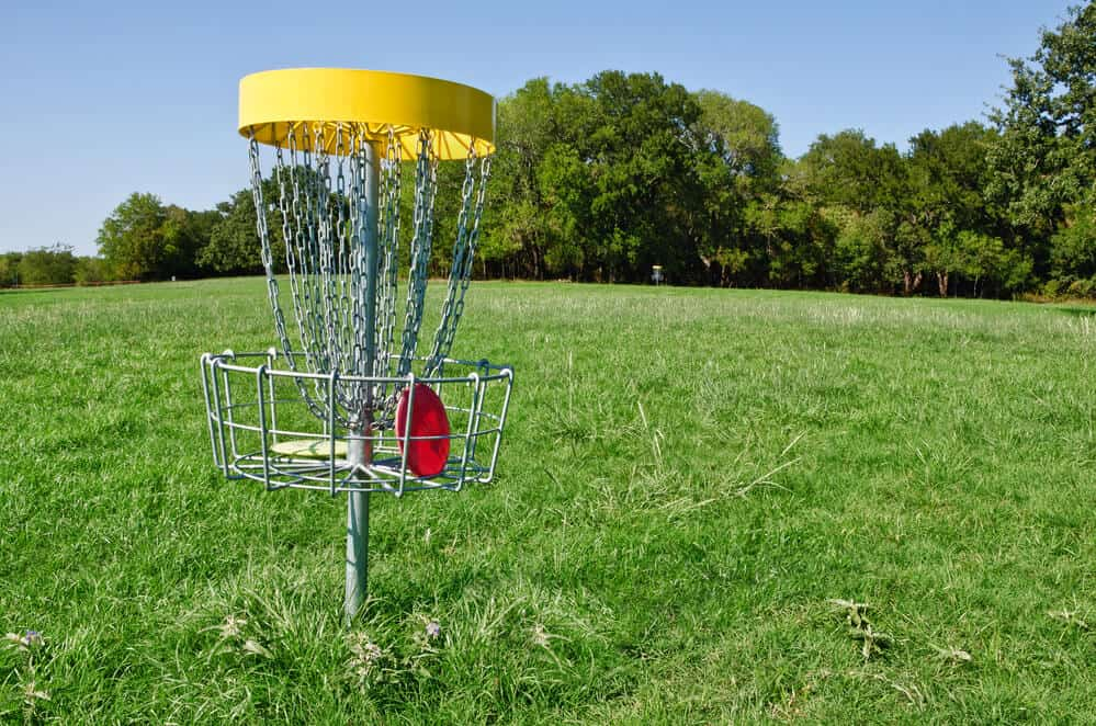 Left handed disc golfers